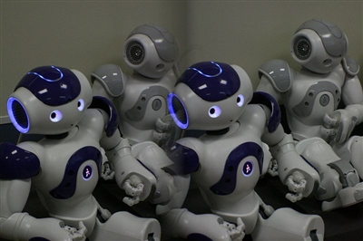 2011 version of Nao robots from France